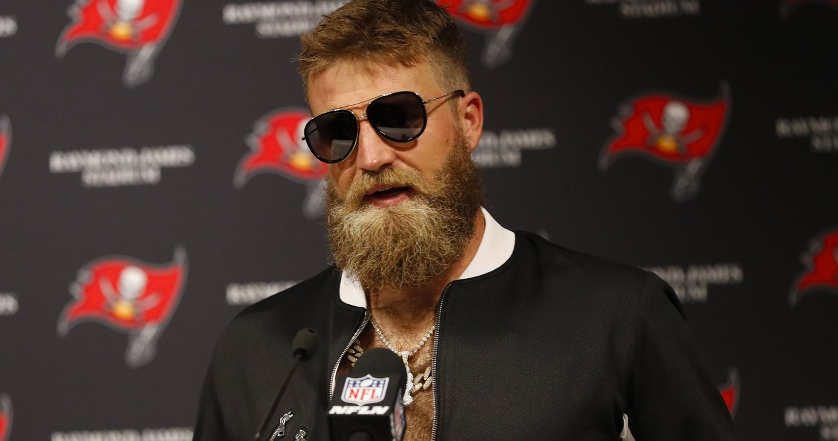 Ryan Fitzpatrick Reacts To Getting Benched After Miracle Run Of Starts 6dc1234be