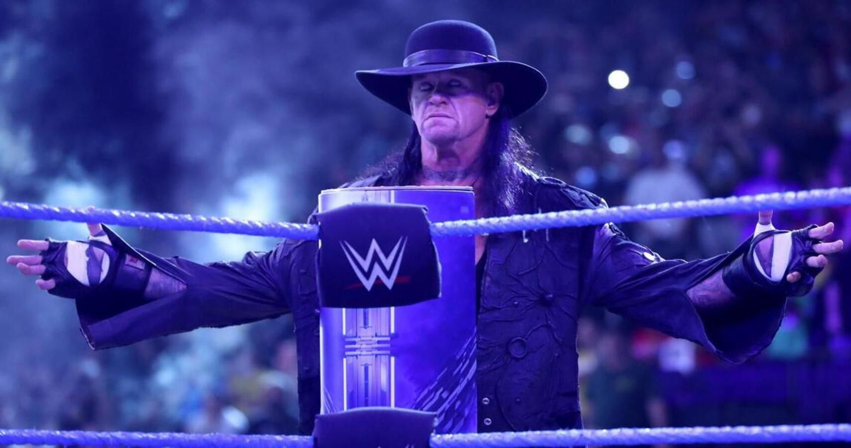 Роузи и Гробовщика не будет на WrestleMania?